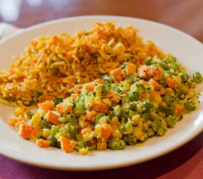rice dish with peas and turmeric