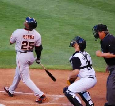 Barry Bonds hitting home run