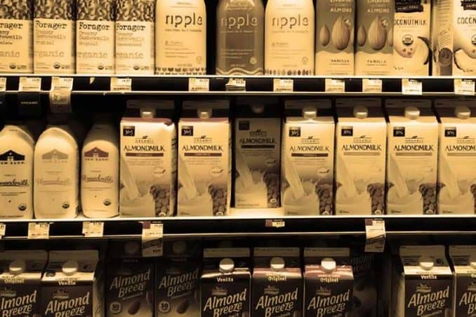 almond milk brands at grocery store