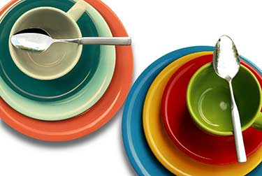 plates, bowls cups made of melamine