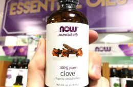 Now Foods clove essential oil