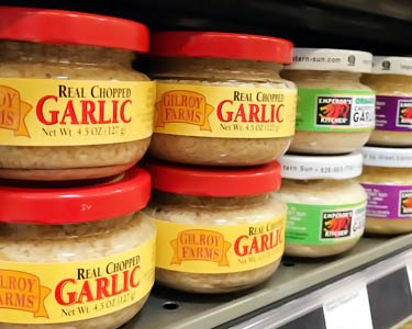 jars of minced and chopped garlic