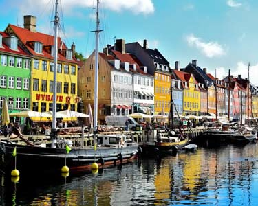 water canal in Copenhagen