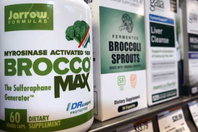 brands of broccoli supplements on store shelf