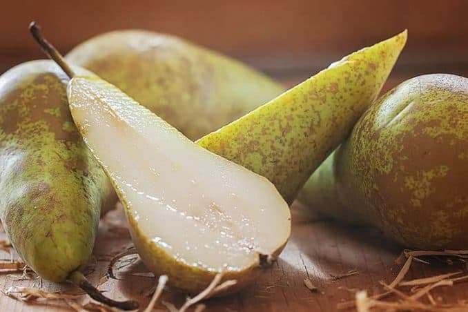 a juicy sliced Bosc pear