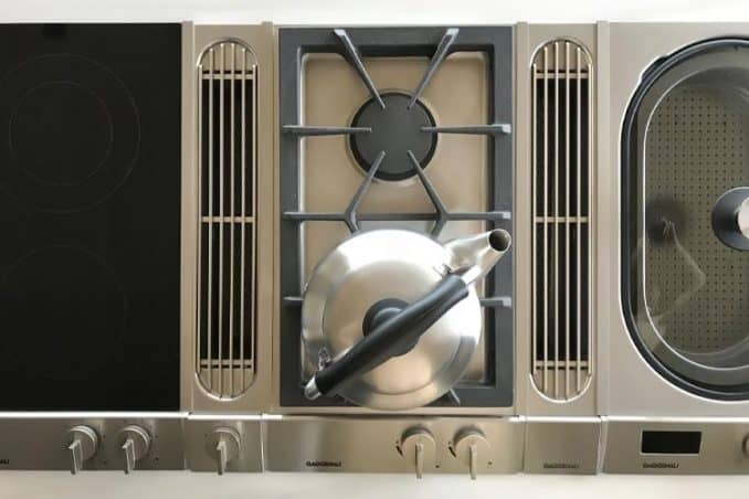 Sori Yanagi tea pot on gas and electric stove top