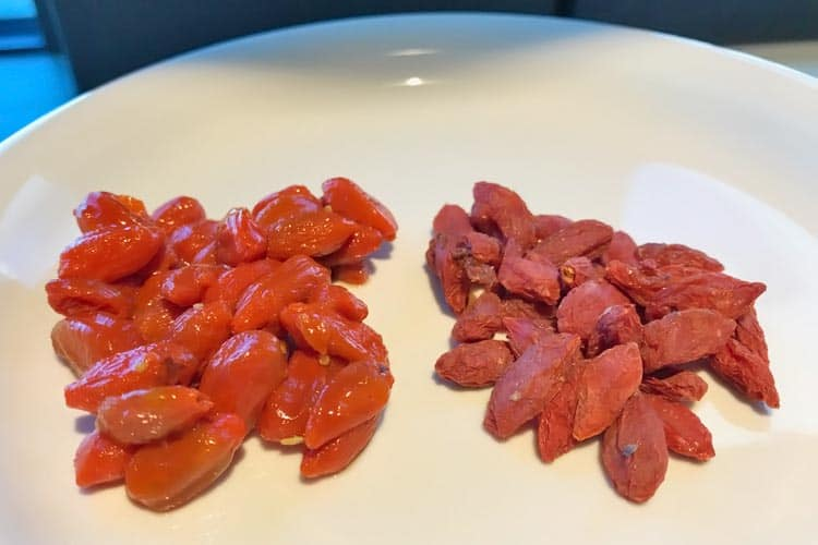 before and after soaking goji