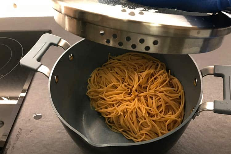 noodles drained using the built-in strainer lid